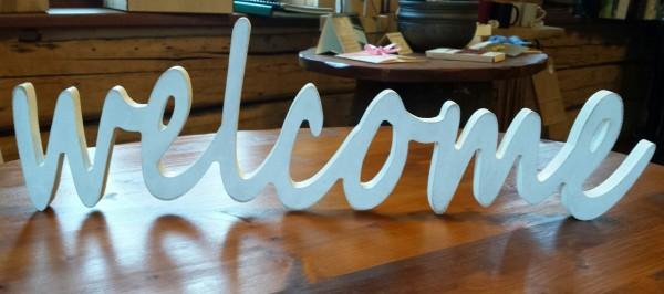 """Деревянная надпись """"Welcome"""""""