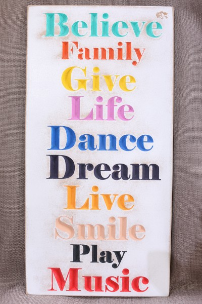 "Holzschild ""Believe, Family"""